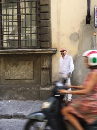 Peter Glas utanför Mona Lisas hus i Florens.